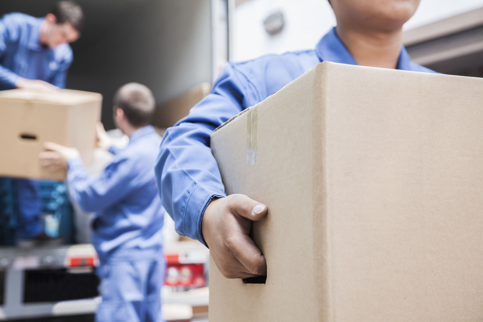 Hiring a Professional Moving Company